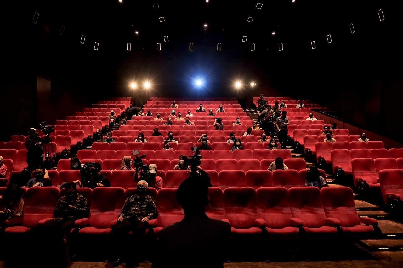 Sederetan Alasan Nonton Film Bioskop Generasi Milenial Masih Dipertahankan